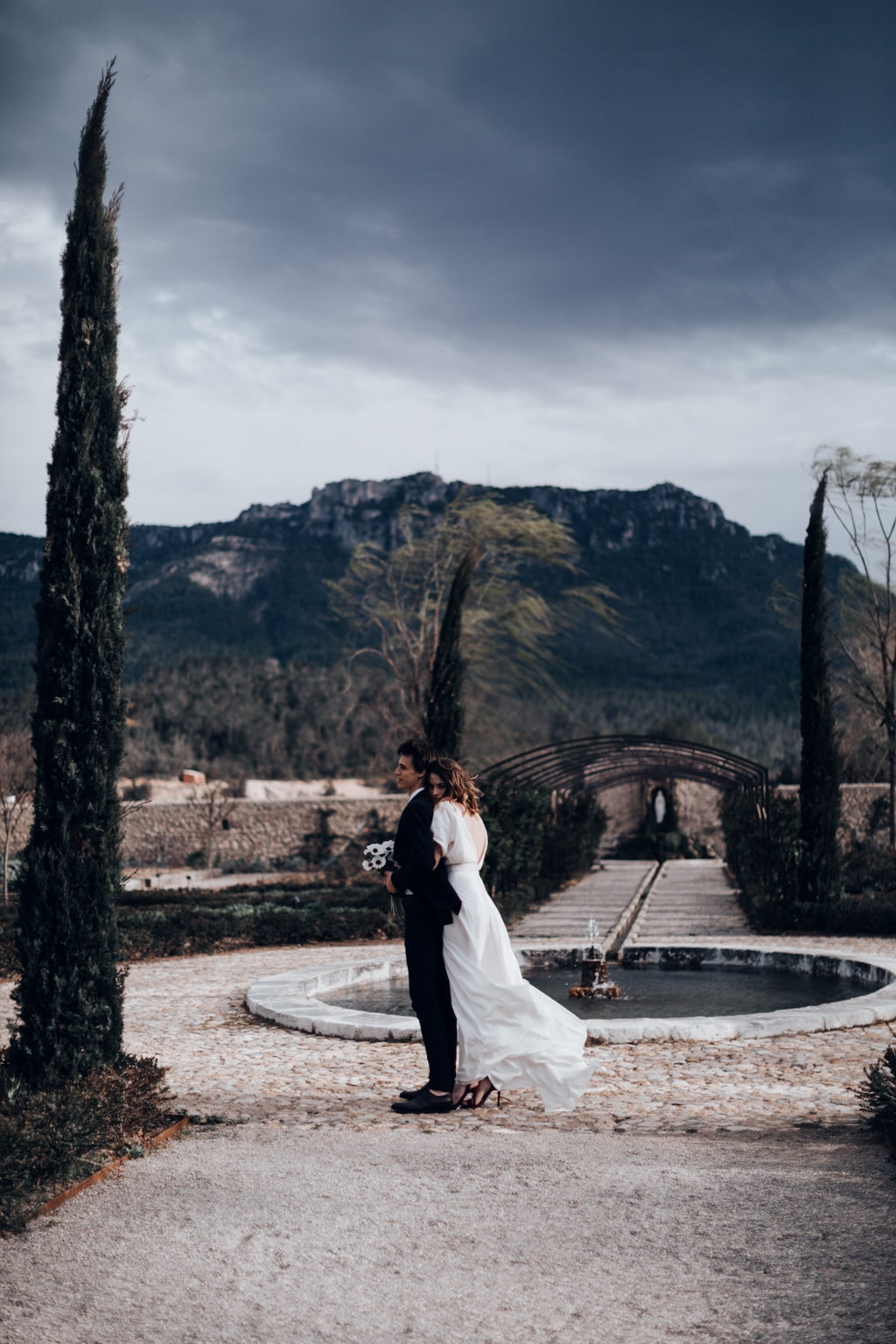 The couple-colline du var -Bastide saint julien-DelphinaCphotographie
